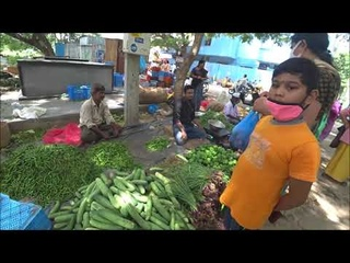 425. Очередной субботний овощной рынок в Путтапарти. Индия.