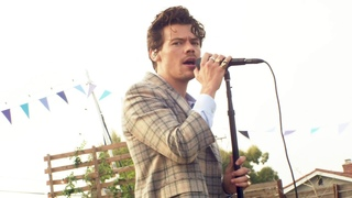 Harry Styles - Watermelon Sugar Live At iHeartRadio Jingle Ball 2020 (Best Quality)
