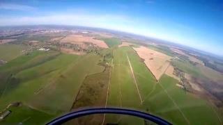 Полет на планере с элементами высшего пилотажа
