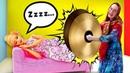 Кукла Барби - спящая красавица! Баба Маня не может разбудить Барби! Игры в куклы для девочек
