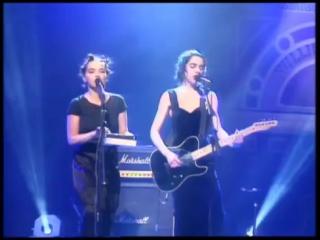 Bjork & PJ Harvey perform I Cant Get No Satisfaction - BRIT Awards 1994