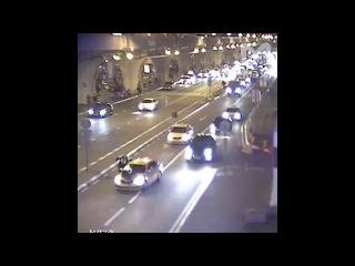 Фильм про такси. Документалистика. Съемки Такси-5 в аэропорту Внуково: безумный таксист навел движняк