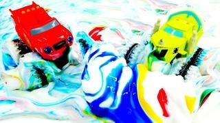 Blaze e os carrinhos de corrida comemoram o Dia das Cores! Blaze e as Monster Machines em português