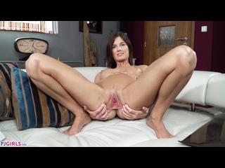 Jenifer Jane solo