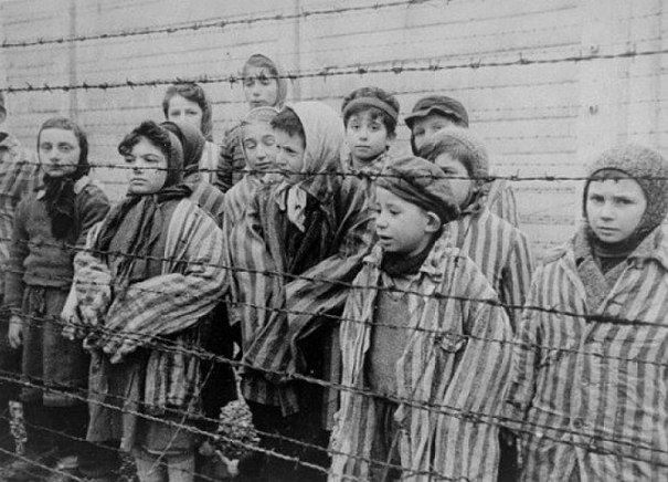 Немецкие врачи выполнили большое разнообразие экспериментов на заключенных в Осв...