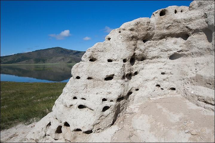 Тайна древней крепости Пор-Бажын, построенной на острове в сибирском озере, изображение №24