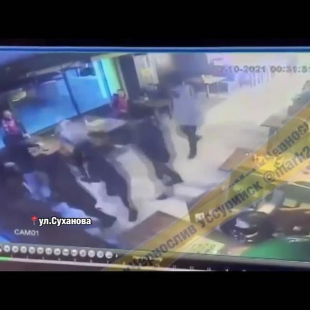 Полиция прокомментировала ночное побоище со стрель...