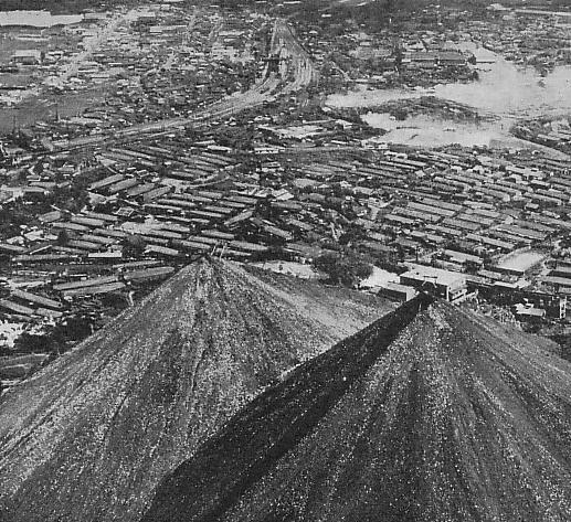 Земля один огромный древний карьер, изображение №76