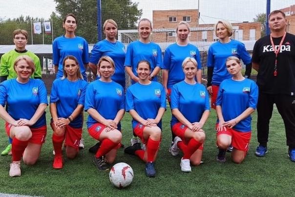Мамы в футболе 😎АНО «Ленинградская семья» готовитс...