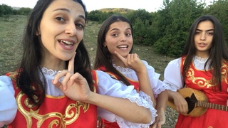 Trio Mandili - Lipka (Polish-Georgian folk)