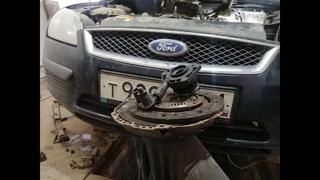Ford Focus 2 замена сцепления +прокачка выжимного