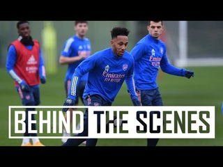 Aubameyang looking sharp and Martinelli is back! | Behind the scenes at Arsenal training centre